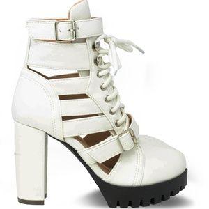 Womens Cut Thru White Chunky Heel Platform Booties